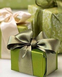 Spring Green Gift Wrap...