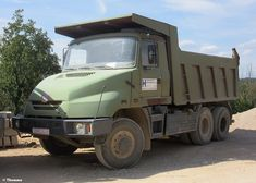 Alle Größen | Tatra T163, 'Hidroelektra' - Zagreb (HR) | Flickr - Fotosharing! Heavy Truck, Dump Trucks, Eastern Europe, Cars And Motorcycles, Tractor, Vehicles, Autos, Trucks, Dump Trailers