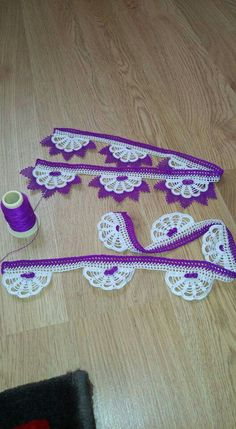 This Pin was discovered by Lal Crochet Edging Patterns, Crochet Borders, Crochet Designs, Crochet Art, Thread Crochet, Crochet Butterfly, Lace Making, Crochet Fashion, Loom Knitting