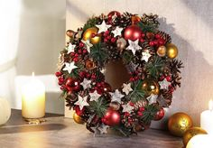Christmas Diy, Christmas Wreaths, Christmas Decorations, Holiday Decor, Ornament Wreath, Ornaments, Garland, Crafts, Inspiration