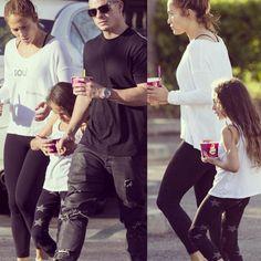 Jennifer Lopez's daughter rocking nununu star leggings  http://www.nununuworld.com/girls/pants-leggings-girls/page/2/