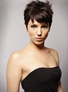 Chic Short Pixie Hairstyle