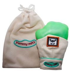 YUMMY MITT TEETHING MITTEN GIFT COMBO-BABY SHOWER GIFT-BEIGE & GREEN