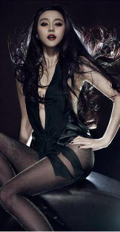 The Beautiful Chinese Actress Fan Bingbing Brazilian Loose Wave, Fan Bingbing, Goth Beauty, Wedding Lingerie, Chinese Actress, Beautiful Asian Women, Wedding Looks, Weave Hairstyles, Asian Woman