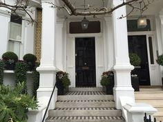 Chelsea, London. Pinned by www.vessou.com Made in England. Timeless design, handcrafted. #pots #planters #vasi #interiors #interiordesign