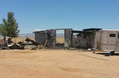 Two+Los+Lunas+families+are+grieving+the+fiery+deaths+of+five+horses,+just+hours+after+a+successful+night+of+racing.