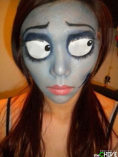 Nightmare Before Christmas makeup – best halloween EVER How can you learn tricks if you're just starting to make up? Holidays Halloween, Halloween Fun, Halloween Face Makeup, Halloween Customs, Halloween Clothes, Costume Halloween, Corpse Bride Makeup, Maquillaje Halloween, Fx Makeup