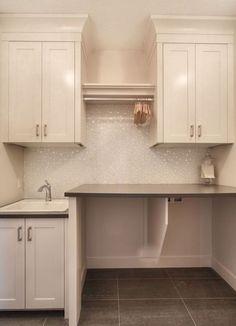 Genius Small Laundry Room Decor Ideas (41)