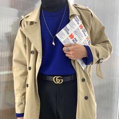 """275 tykkäystä, 31 kommenttia - 황 진 우 Daegu + 053 🇰🇷 (24) (@wake_up._.early) Instagramissa: """"연말 스케줄 ;;🥶"""" Asian Fashion, Raincoat, Jackets, Rain Jacket, Down Jackets, Jacket"""
