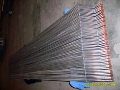Composite materials:Ti+Cu Titanium layer:0.5~3.2mm Technology: metallurgical bonding by explosive rolled Size: We can provide a variety of custom shapes and sizes. Types available: Ti-Cu/steel bar/plate/tube/block etc Product Form: Square, Round, Rectangle, Drum   Application: Electrolysis, Plating, Hydrometallurgy,Oil and Chemcial indurty, etc
