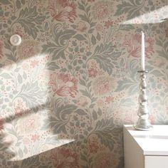 Sandberg tapet Tapestry, Living Room, Instagram, Home Decor, Hanging Tapestry, Tapestries, Decoration Home, Room Decor, Home Living Room