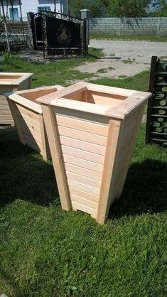 Flower pots Wood Pallet Planters, Wooden Planter Boxes, Wood Planter Box, Outdoor Planters, Diy Planters, Planter Pots, Diy Pallet Projects, Wood Projects, Planter Box Designs