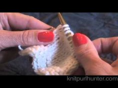 Very good visual for how to pick up wraps both on the knit side and on the purl.