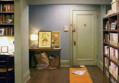 Carrie Bradshaw flat in New York (Sex and the City) | #hometour #tv #sexandthecity