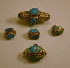 A set of gold Saudi Arabian turquoise beads from the Najd region.  Posted by the wonderful Preethi.