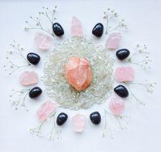 Morganite, Hiddenite, Rose Quartz, Nuummite and Gypsophila Flowers Crystal Grid by Woodlights Woudlicht