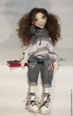 Коллекционные куклы ручной работы. Ярмарка Мастеров - ручная работа Студентка). Handmade.