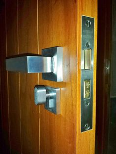 Parisi - Quadro lever handles on a Jacksons mortice lock with a privacy cylinder thumb turn. Supplied by Keeler Hardware - Sydney. & Parisi - Quadro lever handles on a Jacksons mortice lock with a ...