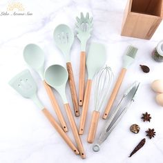 Kitchen Dinnerware Set Silicone Cooking With Wooden Handles For Nonstick Cookware Spatula And Spoon Set Kitchen Utensil Set, Kitchen Items, Kitchen Gadgets, Kitchen Ware, Open Kitchen, Kitchen Stuff, Kitchenware Set, Storage Buckets, Tool Storage