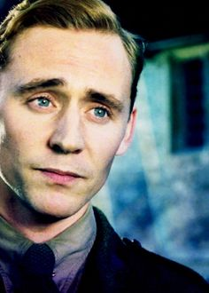 Is this not the most sincere face you have ever seen in your life?  Tom Hiddleston