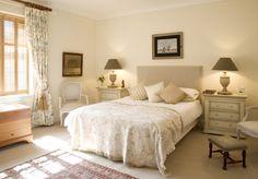 Charming City Bedroom - traditional - bedroom - london - by Adrienne Chinn Modern Bedroom Design, Master Bedroom Design, Contemporary Bedroom, Bedroom Designs, Girls Bedroom Furniture, Home Bedroom, Bedroom Decor, Bedroom Ideas, Tan Bedroom
