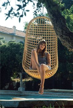 Jane Birkin - love these chairs