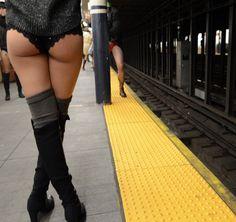 no pants subway ride girls nackt