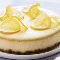 Lemon Ricotta Cheesecake - I'm so making this one! #recipes #dessert