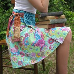 reversible wrap skirt pattern--i think even i could do this one! lovejill.etsy.com