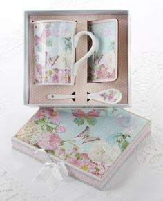 Gift Boxed Porcelain Mug Set - 4.9 inches Butterfly