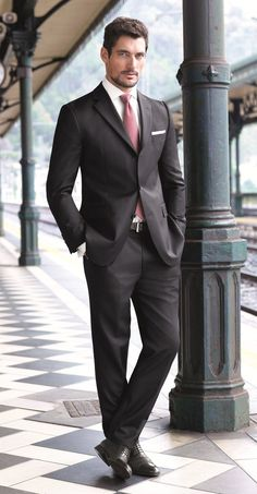 Nothing like a man in a nice fitting suit. Good gravy! :3 gabriel emerson from el infierno de gabriek