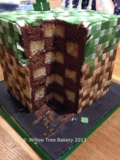 Even the inside is made of blocks! She says the cake took over 1000 squares of fondant! o_O now that's impressive! #minecraft #minecraftcake #cake