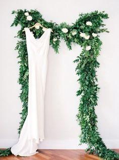Wedding Decor: Sapphire Sun Prints//  Photography by Clary Photo via Grey Likes Weddings