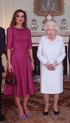 - Photo - All the best royal looks from Kate Middleton, Meghan Markle, Princess Beatrice Queen Rania, Queen Letizia, Princess Marie and more! See their gorgeous outfits here Queen Rania, Queen Letizia, Kate Middleton, Pink Tea Dresses, Cute Black Dress, White Dress, Princess Marie Of Denmark, Estilo Real, Edgy Look