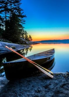 Twilight on Grundy Lake - Grundy Lake Provincial Park - Ontario, Canada - Trevor Pottelberg - my younger son met a water snake face to face here! It's a beautiful park. Canoa Kayak, Canada Holiday, Canoe And Kayak, Canoe Trip, Fishing Canoe, Canoe Boat, Fishing Boats, Lake Life, Belle Photo