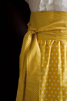 Simple skirt with wrap waistband tutorial.