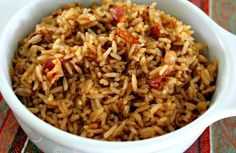 Arroz con Cebolla - Healty fitness home cleaning Puerto Rican Cuisine, Puerto Rican Recipes, Couscous, Quinoa, Rice Recipes, Cooking Recipes, Panamanian Food, Quick Meals To Make, Hispanic Dishes