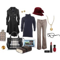 Travel outfit. Navy, berry, black.