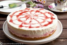 RETETE DE CHEESECAKE | Diva in bucatarie Ricotta Cheesecake, Cheesecakes, Strawberry, Sweets, Baking, Desserts, Food, Tarts, Mascarpone