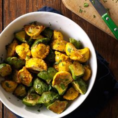 Garlic-Herb Pattypan Squash Recipe -The first time I grew a garden, I harvested summer squash and cooked it with garlic and herbs. Using pattypan squash is a creative twist. —Kaycee Mason, Siloam Springs, AR More squash recipes Patty Pan Squash Recipes, Vegetable Recipes, Vegetarian Recipes, Cooking Recipes, Healthy Recipes, Healthy Dinners, Vegan Vegetarian, Healthy Foods, Herbs