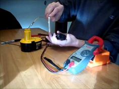 Fix Ryobi 18 Volt Battery – How To Recondition Batteries Cordless Drill Batteries, Cordless Tools, Battery Drill, Battery Hacks, Woodworking Power Tools, Lead Acid Battery, Bring It On, Diy Projects, Money