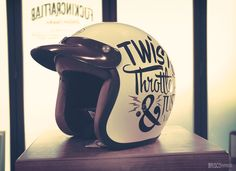 Bell RT Hand Painted by Brusco. Motorcycle Helmets, Riding Helmets, Classic Motorcycle Helmet, Biker Wear, Bell Helmet, Bike Ideas, Bobbers, Photo Effects, Signage