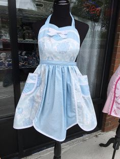 Flowers and Dots Scalloped Apron (399) by MothersApronString on Etsy