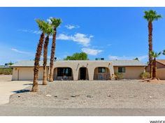 420 Snowbird Ln, Lake Havasu City - *** Just Listed *** Updated and move in ready 3 bedroom - perfect Snowbird retreat, rental or first time home! http://www.homesearchlakehavasu.com/property/918306