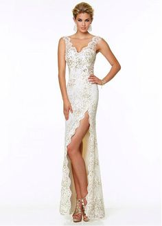 Chic Lace & Tulle V-neck Neckline Floor-length Sheath Prom Dress