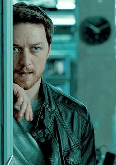 JAMES MCAVOY-MAX-WELCOME TO THE PUNCH