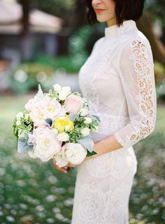 Vintage Inspired Wedding Dress | fabmood.com #vintage