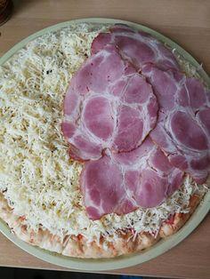 Három féle pizza: sajttal töltött-, tejfölös alapú-, és full erős erős alappal! - Ketkes.com Pasta Dishes, Food And Drink, Meat, Desserts, Tailgate Desserts, Deserts, Postres, Dessert, Plated Desserts