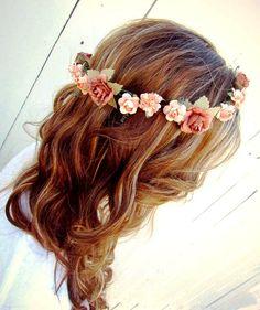 Wedding hairstyle beach waves, boho look with flowers #love
