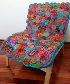 Chair_Top_Finished_created_by_Kira_Mead_Albany_West_Australia - Copy Felted Wool Crafts, Felt Crafts, Upcycle Home, Homemade Rugs, Square Patterns, Rug Patterns, Patchwork Patterns, Wool Mats, Rug Inspiration